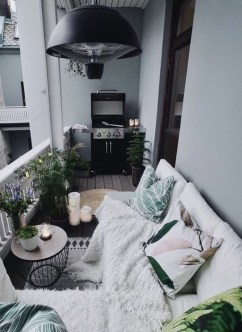 Enchanting Balcony Decoration Ideas For Apartment For A Cleaner Look 01