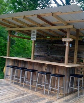 Enjoying Outdoor Bar Design Ideas To Relax Your Family 23