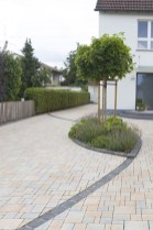 Fabulous Driveway Landscaping Design Ideas For Your Home To Try Asap 01