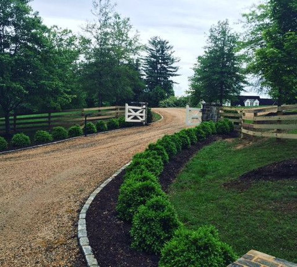 Fabulous Driveway Landscaping Design Ideas For Your Home To Try Asap 08