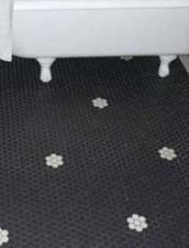 Fantastic Black Floor Tiles Design Ideas For Modern Bathroom 02