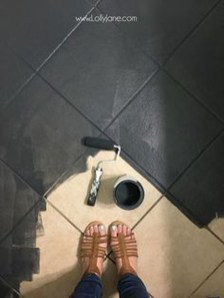 Fantastic Black Floor Tiles Design Ideas For Modern Bathroom 07