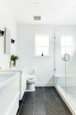 Fantastic Black Floor Tiles Design Ideas For Modern Bathroom 17