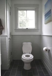 Fantastic Black Floor Tiles Design Ideas For Modern Bathroom 29