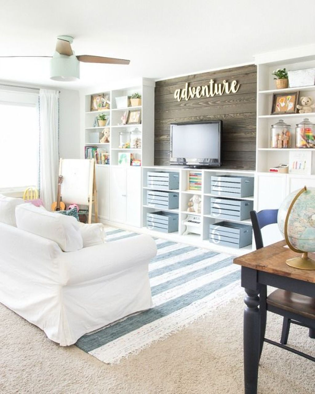 Inexpensive Home Cabinet Design Ideas For Cozy Family Room On A Budget 36