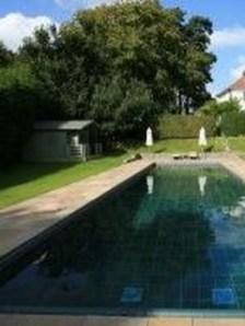 Elegant Black Swimming Pool Design Ideas That All Men Must Know 21