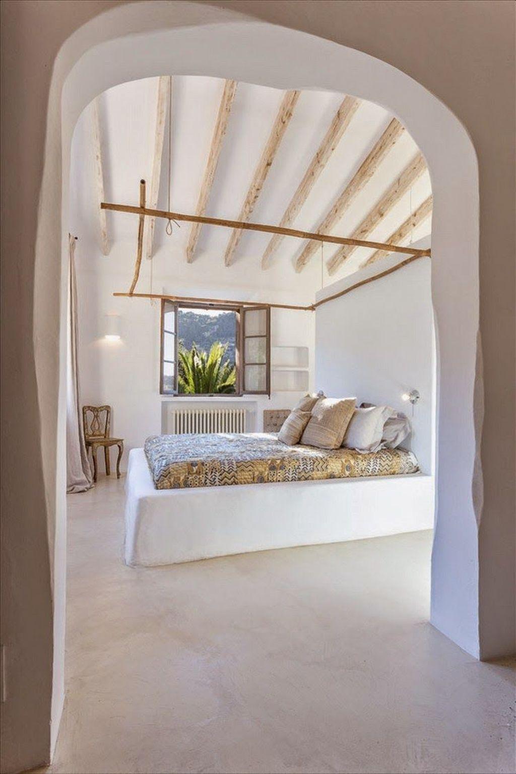 Enjoying Mediterranean Style Design Ideas For Your Home Décor 20