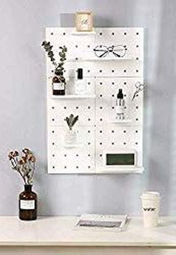 Enjoying Wall Decor Ideas For Tiny Space To Try Right Now 30