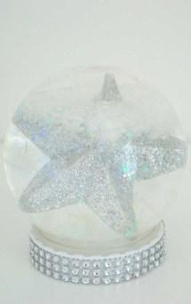 Impressive Diy Snow Globes Ideas That Kids Will Love Asap 02