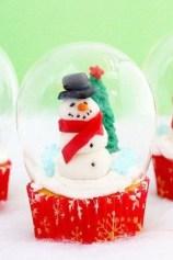 Impressive Diy Snow Globes Ideas That Kids Will Love Asap 03