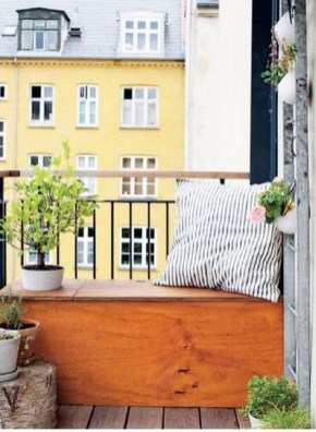 Relaxing Tiny Balcony Decor Ideas To Try This Month 17