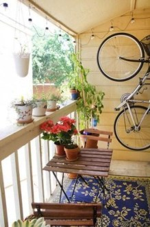 Relaxing Tiny Balcony Decor Ideas To Try This Month 22