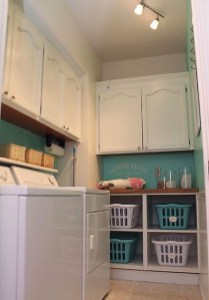 Unusual Laundry Arranging Design Ideas For Small Space To Try 33