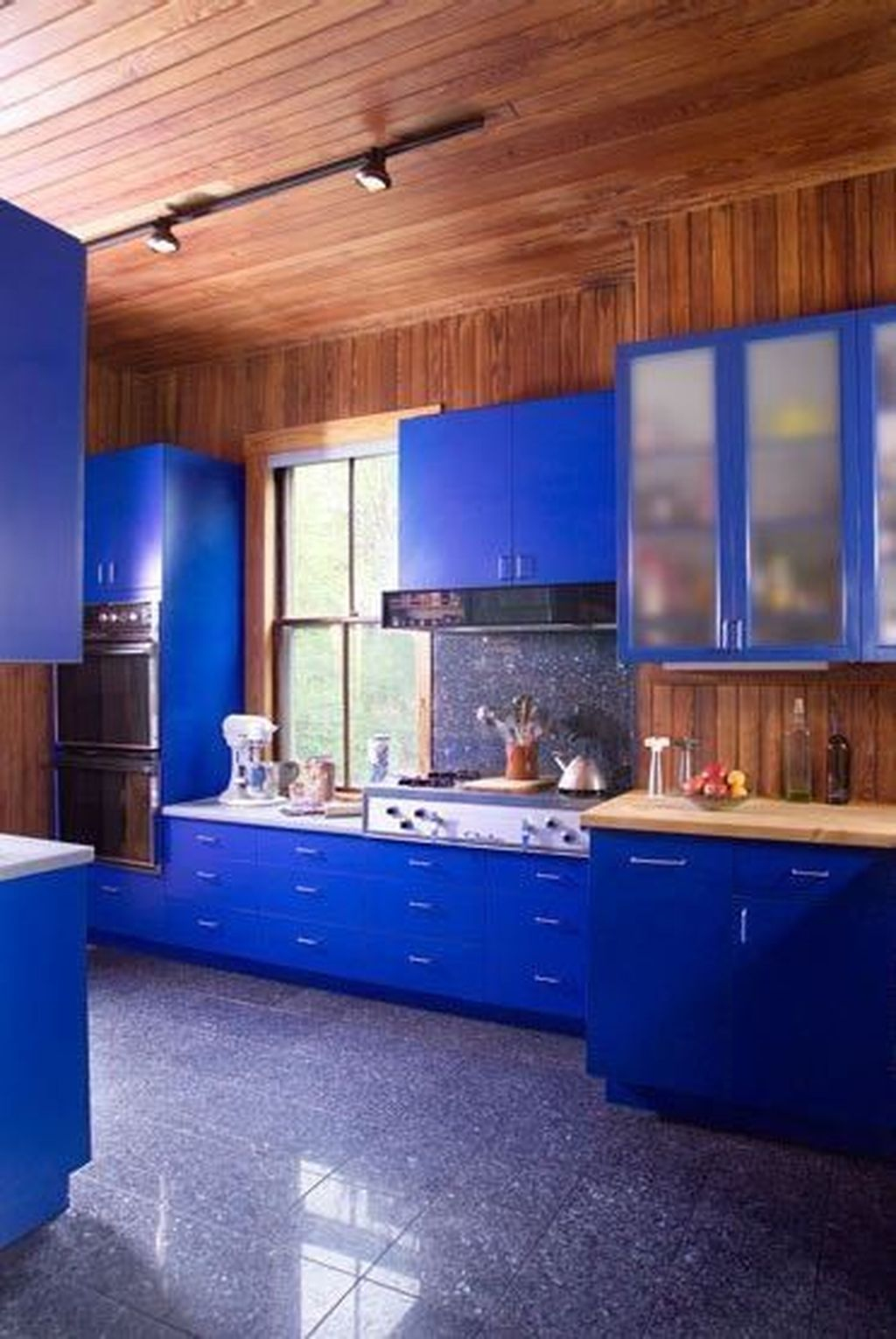 Adorable Rainbow Colorful Kitchens Design Ideas To Looks More Awesome 23