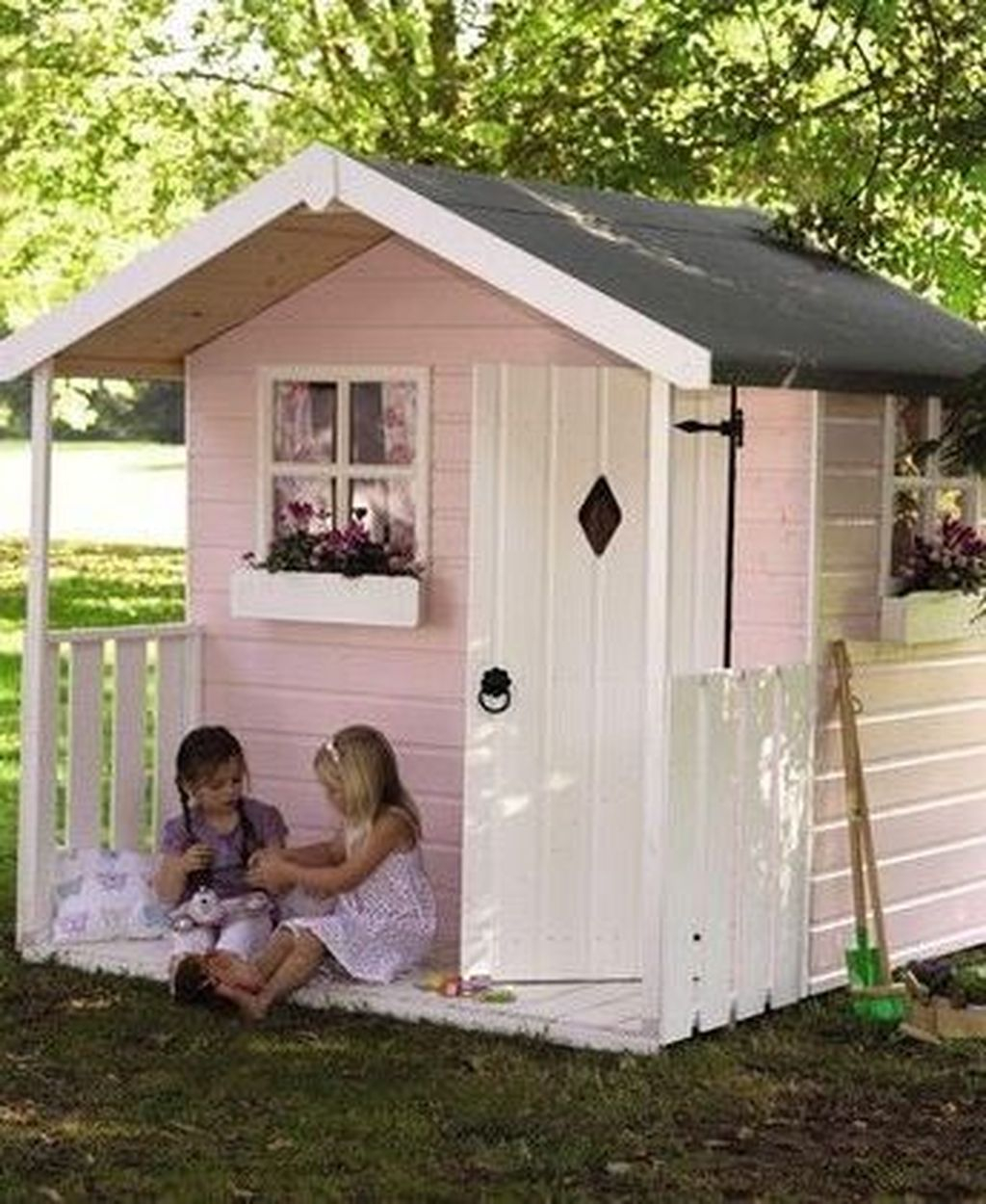 Attractive Outdoor Kids Playhouses Design Ideas To Try Right Now 27