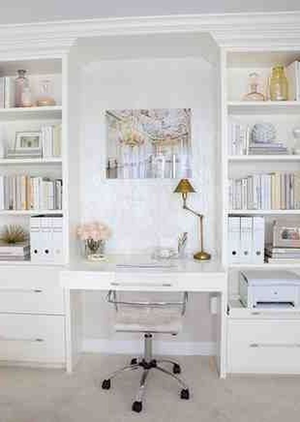Captivating Girl Workspace Design Ideas That Looks So Cute 18