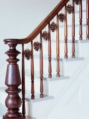 Charming Winter Staircase Design Ideas With Banister Ornaments To Try Asap 25