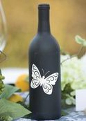Fascinating Diy Wine Bottle Design Ideas That You Will Like It 35