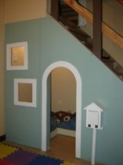 Favorite Kids Playhouses Design Ideas Under The Stairs To Have 11