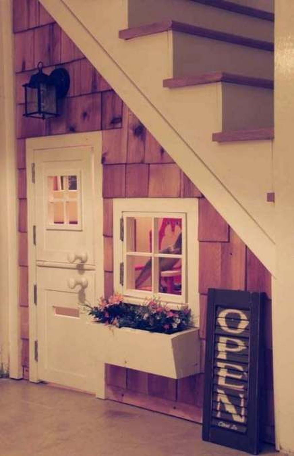 Favorite Kids Playhouses Design Ideas Under The Stairs To Have 32