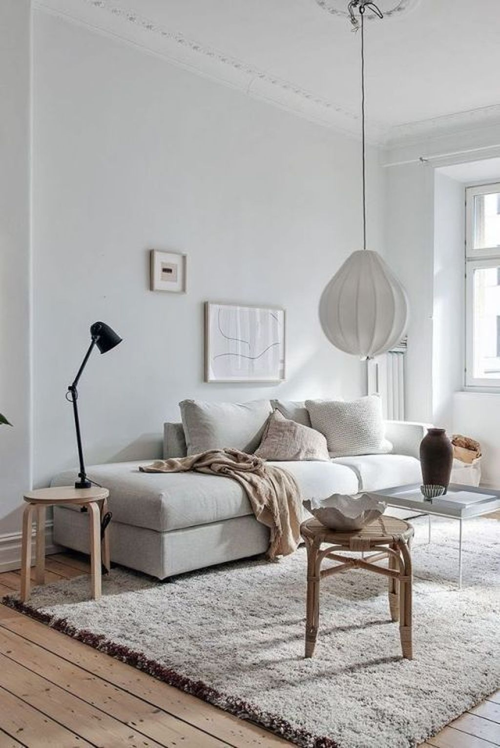 Graceful Living Room Design Ideas That You Need To Try 34