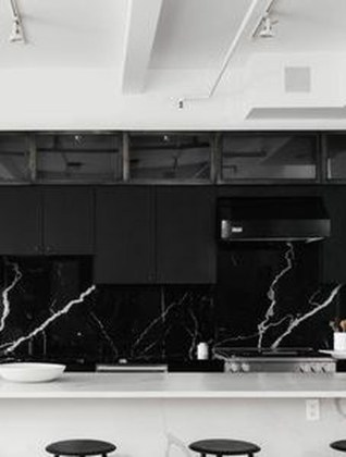 Modern Black Kitchens Design Ideas For Bachelors Pad To Try Asap 26