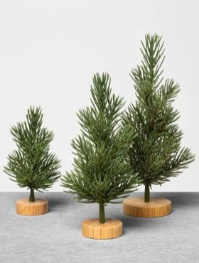 Delicate Tiny Winter Trees Design Ideas That You Should Try 36
