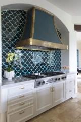 Extraordinary Black Backsplash Kitchen Design Ideas That You Should Try 04