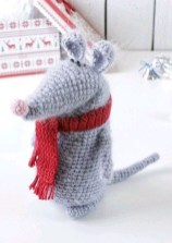 Favorite Knitted Winter Decorations Ideas To Try Right Now 02