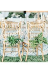 Magnificient Outdoor Wedding Chairs Ideas That Suitable For Couple 08