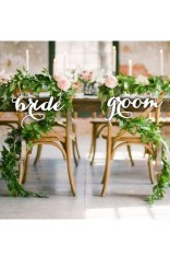 Magnificient Outdoor Wedding Chairs Ideas That Suitable For Couple 34