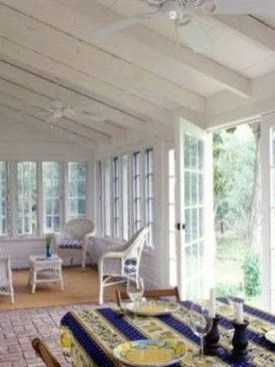 Perfect White Sunroom Design Ideas That Look So Awesome 27