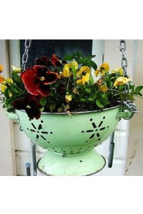 Splendid Recycled Planter Design Ideas That You Need To Try 11