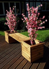 Splendid Recycled Planter Design Ideas That You Need To Try 32