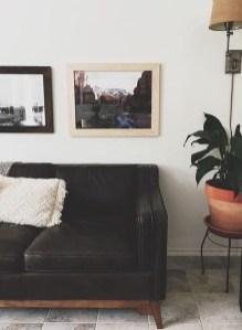 Unusual Black Living Room Design Ideas For More Enchanting 29