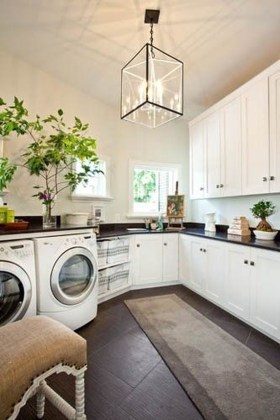 Wonderful Bright Laundry Room Designs Ideas That You Need To Try 26