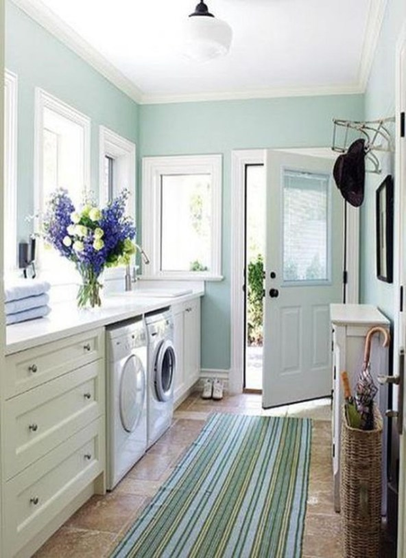 Wonderful Bright Laundry Room Designs Ideas That You Need To Try 37