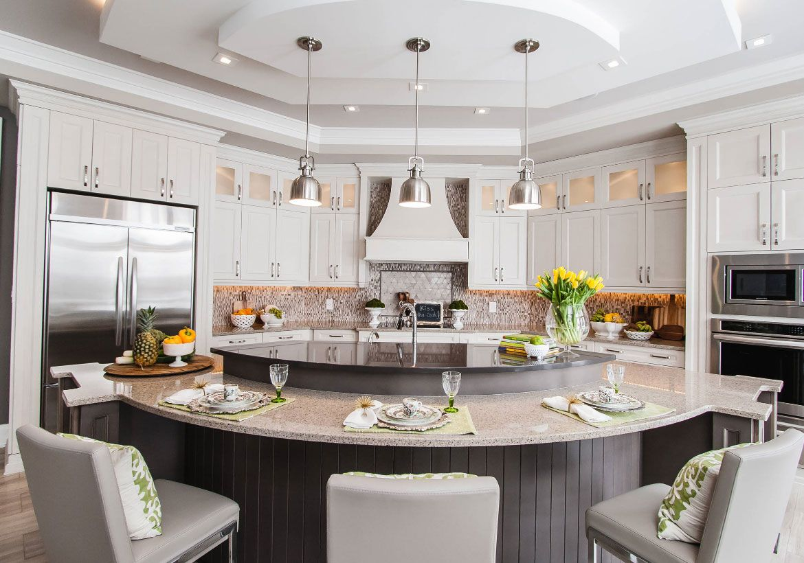 Houzz Small Kitchens With Peninsula