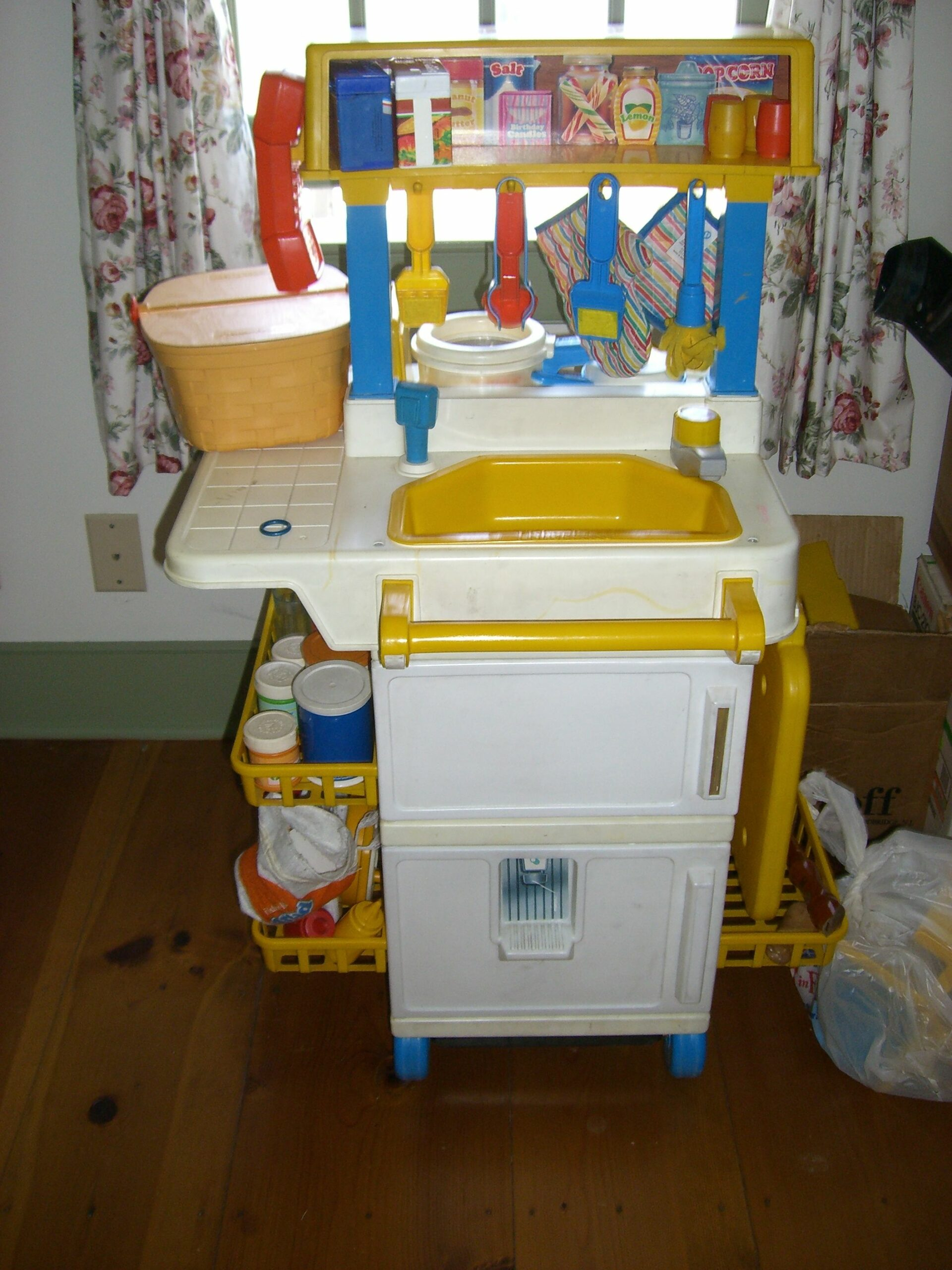 Childrens Toy Kitchens For Sale