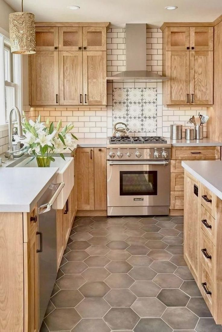 Farmhouse Kitchen Sink With Oak Cabinets