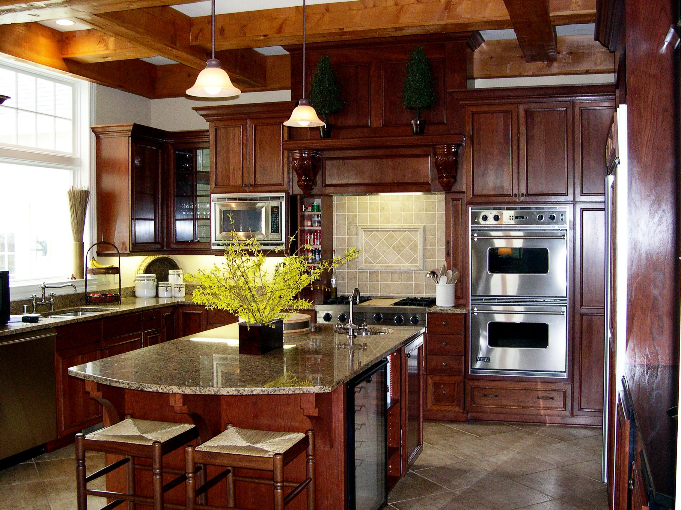 Kitchens With Cherry Cabinets And Black Appliances