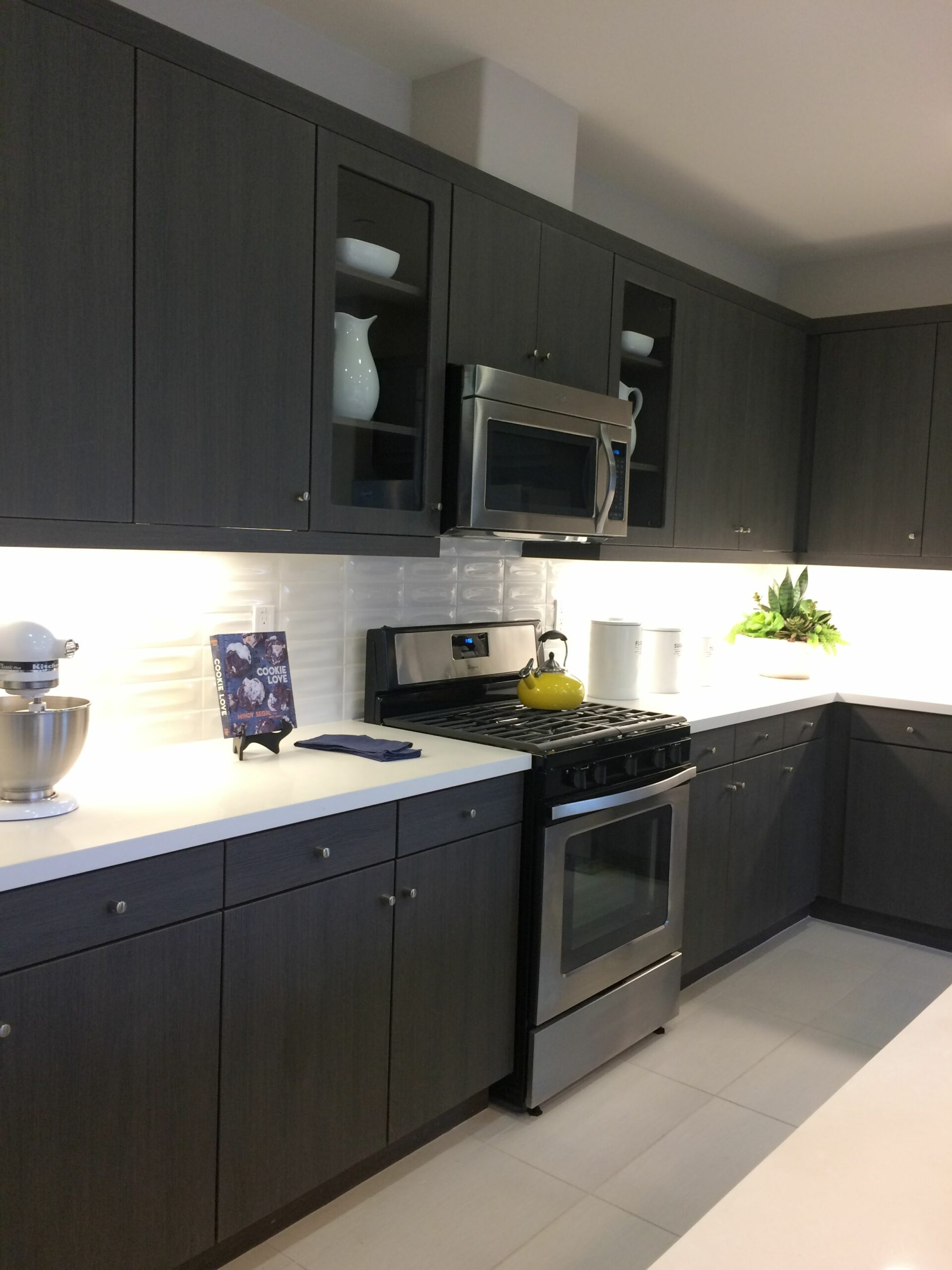 Kitchens With Light Brown Cabinets