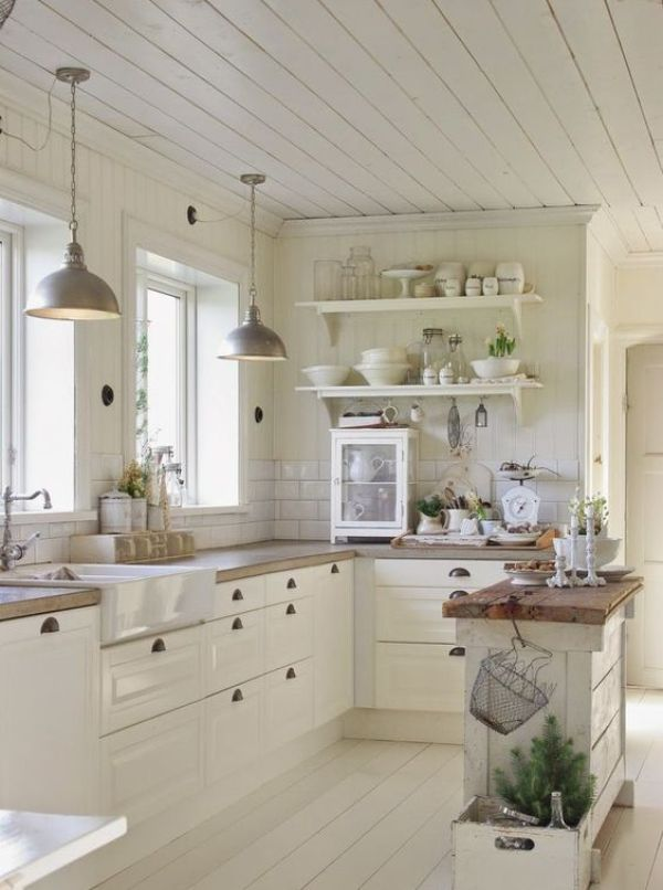 10 Small Kitchen Ideas That Prove Size Doesn't Always Matter