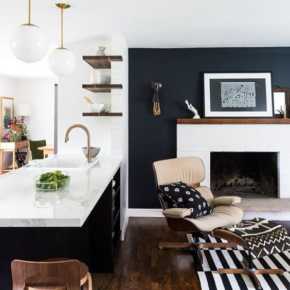Accent Wall Pictures: Bold Black Accent Wall Ideas