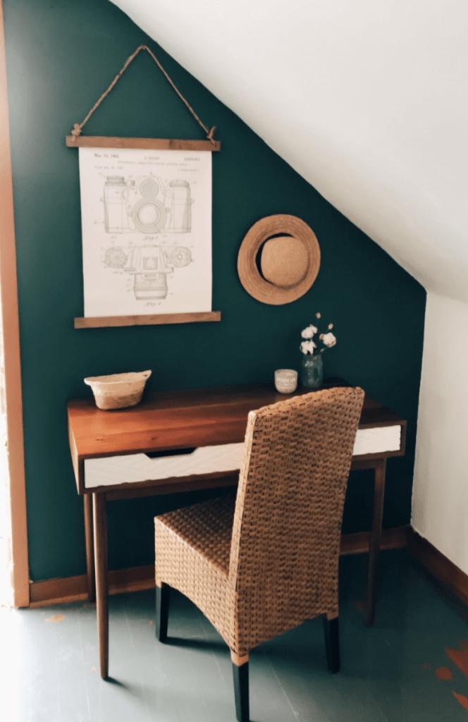 Moody Dark Green Accent Wall Ideas