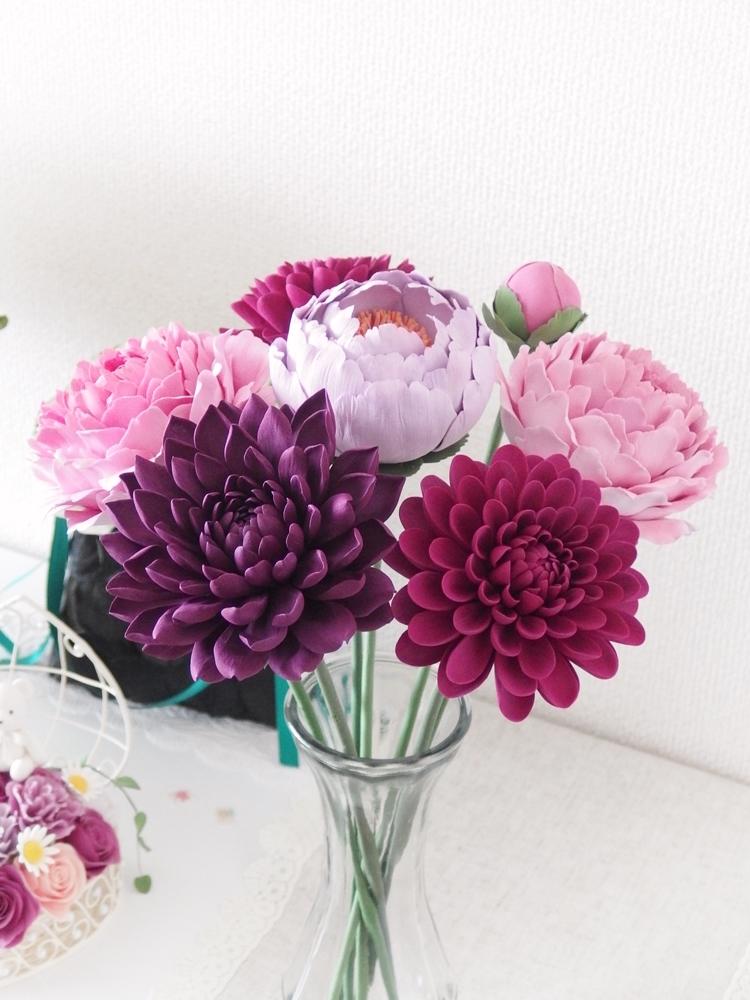 ダリア・シャクヤク・ピオニー。一輪でも存在感のある大輪の花々
