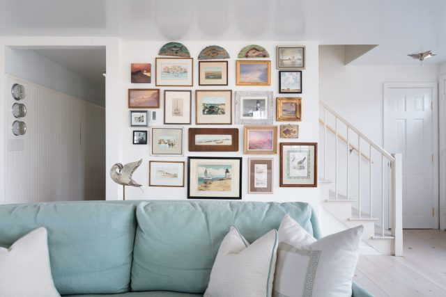 Wall with images in living room