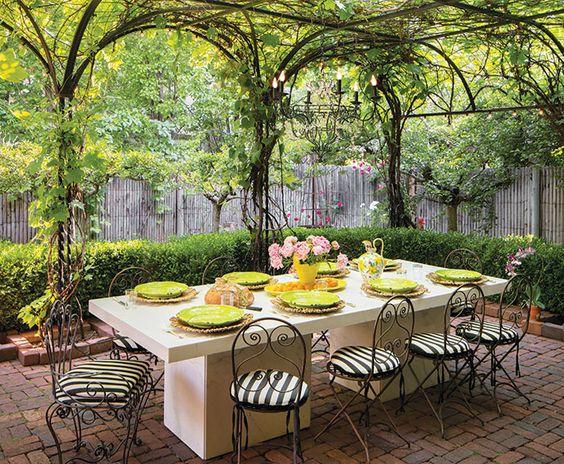 Amazingly Inspiring Backyard Dining Ideas to Copy ... on Backyard Dining Area Ideas id=23745