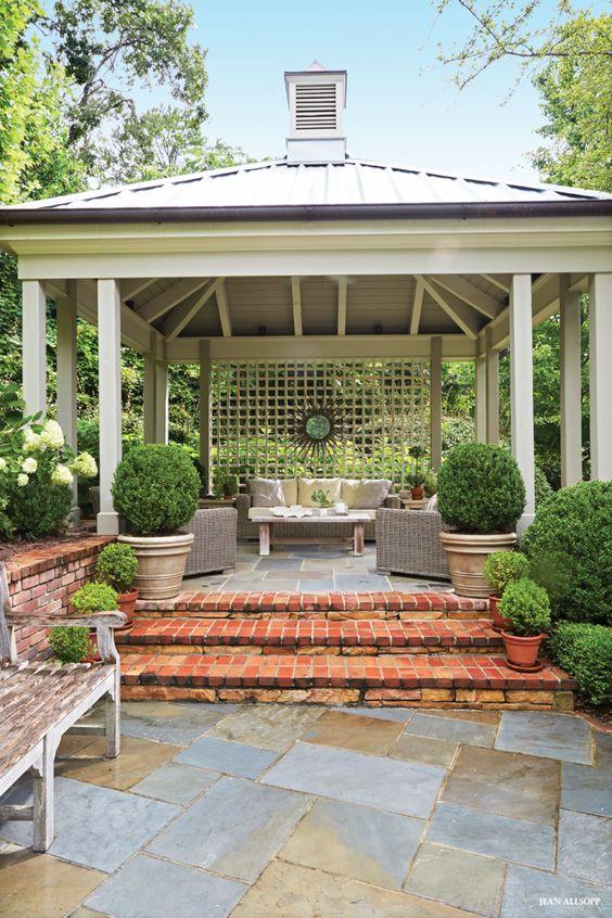 Cozy Backyard Retreat Ideas To Create A Relaxing Outdoor ... on Backyard Retreat Ideas id=48296