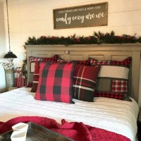 40+ The Ugly Side Of Simple Farmhouse Christmas Bedroom Decor 1